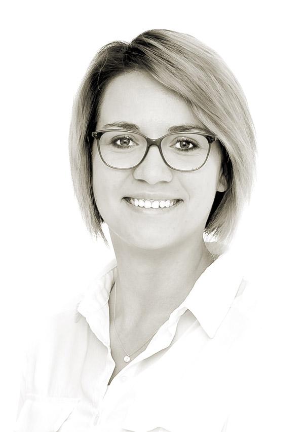 Lorraine Bouwer